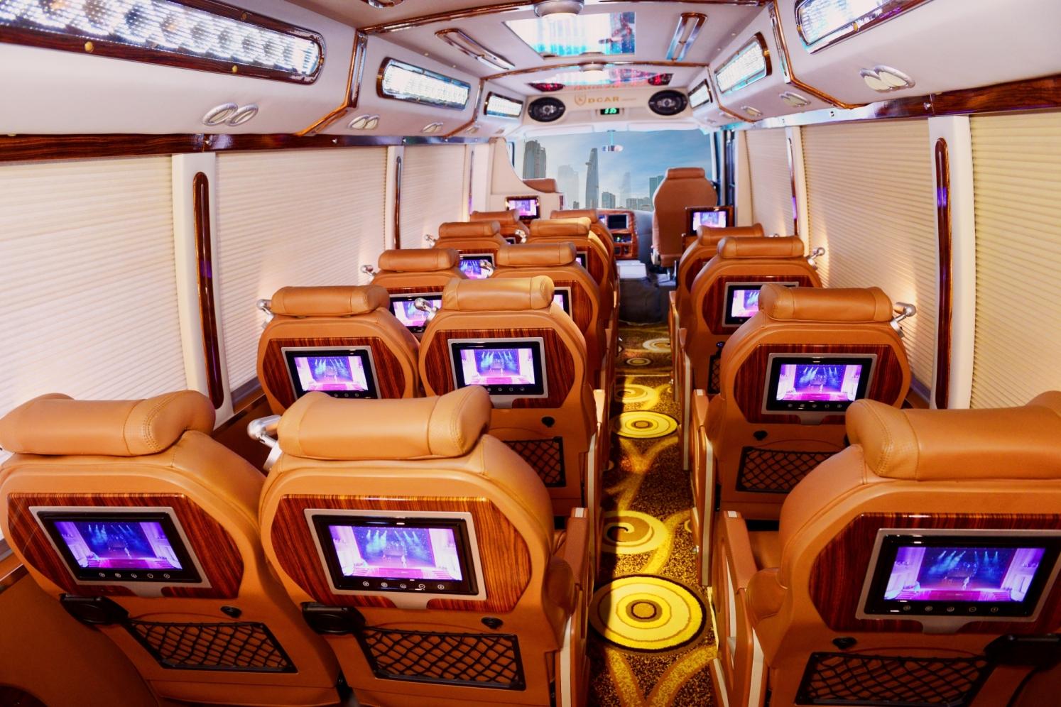 thue-xe-limousine-16-cho-19-cho-fuso (