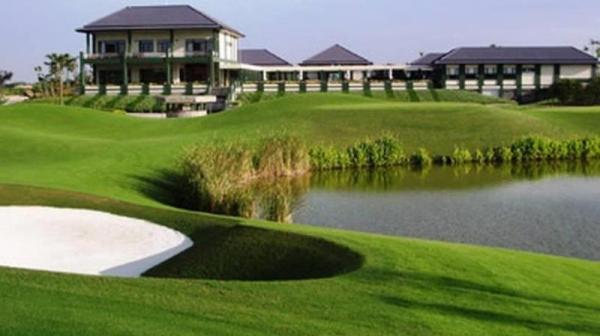 thue-xe-dcar-di-van-tri-golf-club