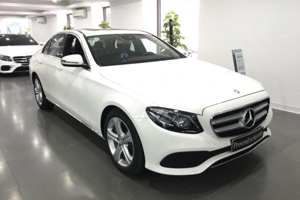 cho-thue-xe-Mercedes-E250