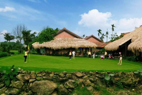 cho-thue-xe-dcar-limousine-di-asean-golf-resort-thach-that